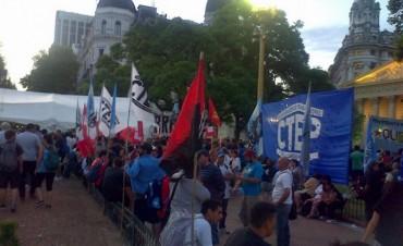 Inician un acampe en la Plaza de Mayo para exigir la liberación de Milagro Sala