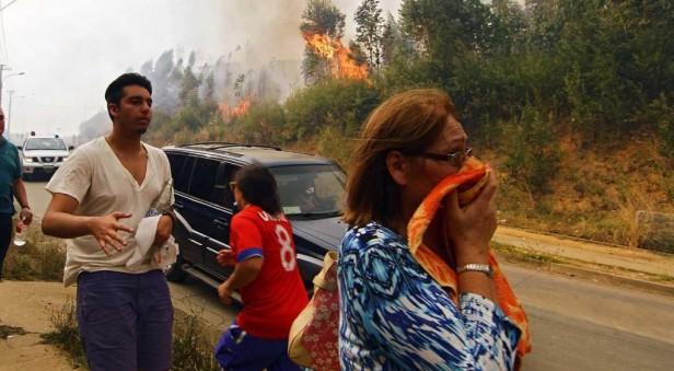 El incendio forestal de Chile continúa arrasando todo a su paso