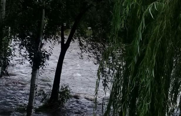 Advierten por fuertes crecidas en los ríos de Córdoba