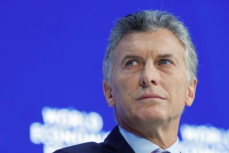 Macri anuncia un fuerte recorte en la estructura del Estado
