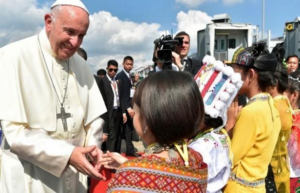 El Papa vuelve a pisar suelo latinoamericano