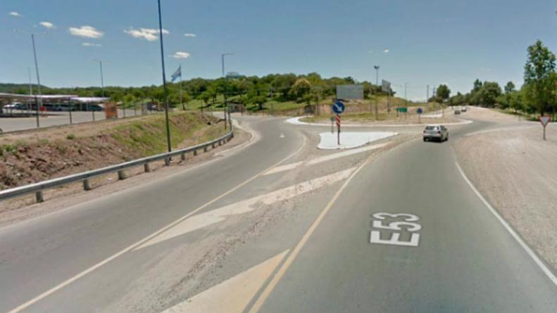 Murió un joven que viajaba en moto en un trágico choque en ruta E53: