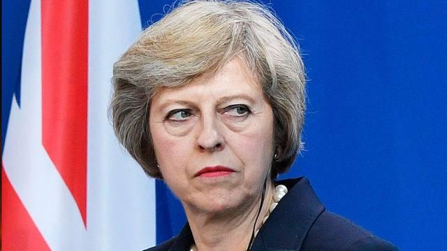 Theresa May seguirá al frente del gobierno británico