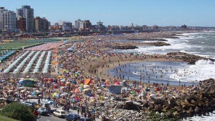 La primera quincena de enero tuvo picos de 85% de ocupación en la Costa Argentina
