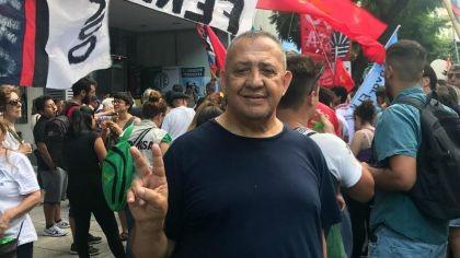 Luis D'Elía encabezó un acto a favor de Maduro en la Embajada de Venezuela