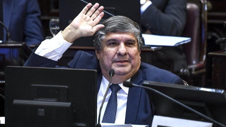 """Barbarie. """"En pandemia no hay derechos"""" El criterio Pero-Kirchnerista"""