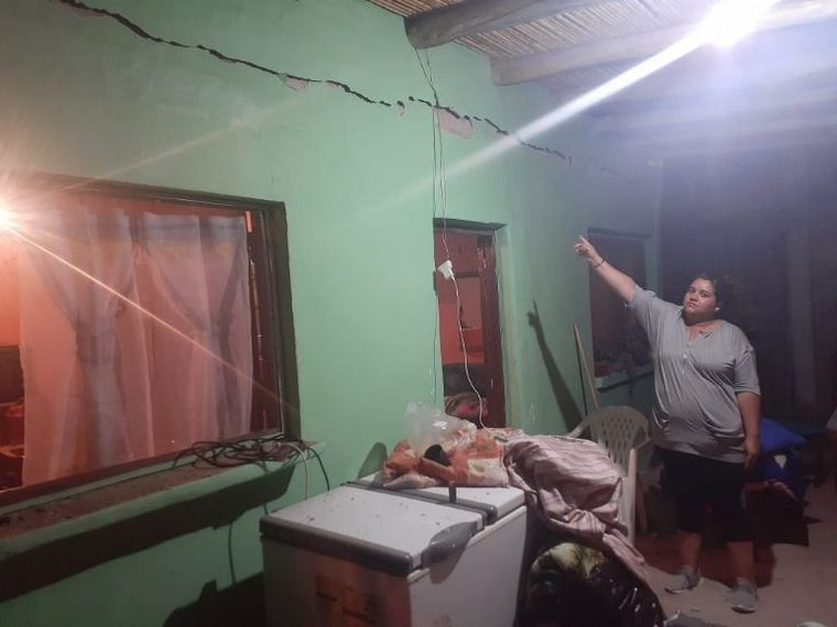 Fuerte terremoto en San Juan dejó destrozos y heridos. Se sintió en Villa Allende.
