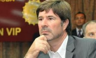 Fiscal Senestrari dijo que no recibió colaboración de De la Sota