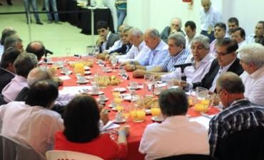 Hugo Moyano visitó la UCR y confía en realizar