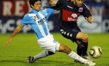 Racing no pudo con Tigre en el Cilindro