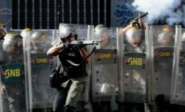 Venezuela: falleció una estudiante que estaba herida y suben a 11 los muertos