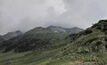 Derrumbes en altas cumbres, luego de intensas lluvias