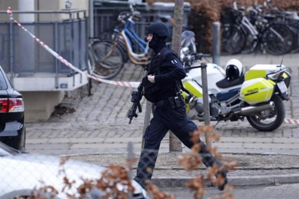 Dinamarca: un muerto en un tiroteo en una charla sobre el islam