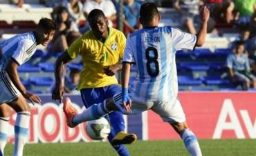 La Argentina encontró el triunfo ante Brasil en el final y lo ganó 2 a 0