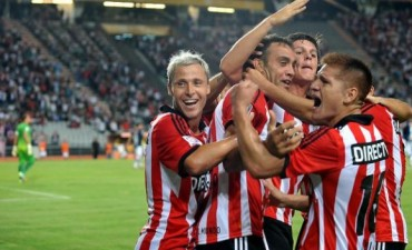 Copa Libertadores: Estudiantes ganó y metió a Belgrano en la Sudamericana