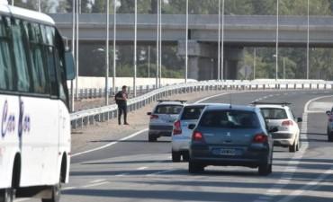 Se demora la instalación de pasarelas peatonales en el nudo vial de El Tropezón