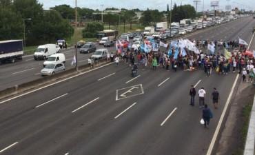 Organizaciones kirchneristas cortan accesos a la Capital Federal y rutas para exigir por la liberación de Milagro Sala