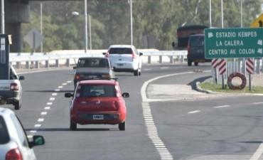 Tropezón: a falta de pasarelas, instalan semáforos