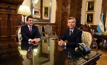 Macri oficializó la restitución del 15% a las provincias en cinco años