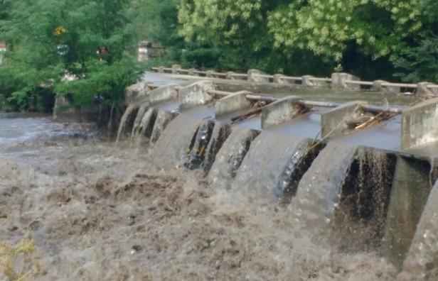 Piden precaución por crecidas en ríos serranos de Córdoba