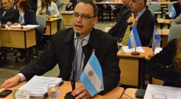 Le robaron 100.000 pesos a un concejal en el Concejo Deliberante de Córdoba