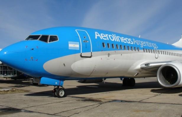 Nuevamente un avión de Aerolíneas sufrió fallas antes del despegue