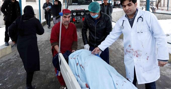 Ataque suicida en Afganistán dejó 21 muertos
