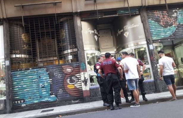Una jueza fue baleada en un tiroteo en pleno centro porteño