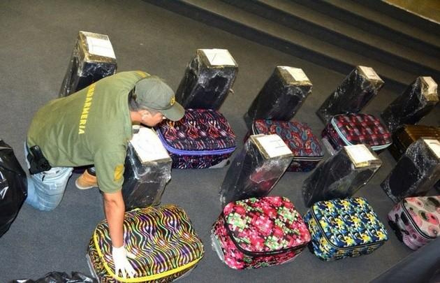 Detuvieron a dos personas con 389 kilos de cocaína en la Embajada rusa en Argentina