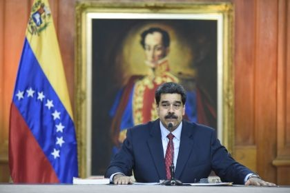 Maduro advierte que