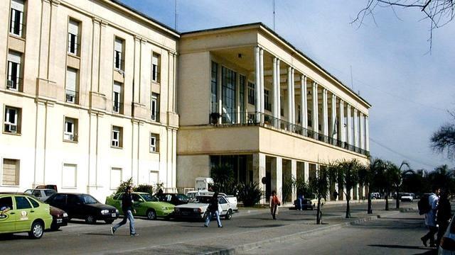 Denuncian chats de docentes con tenor sexual sobre alumnas en la Facultad de Medicina de UNC