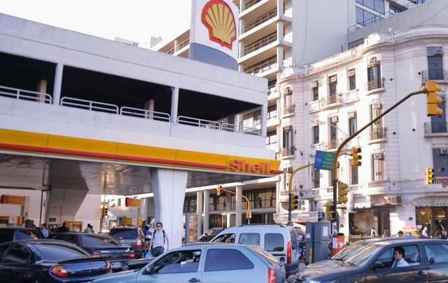 Shell sube desde hoy 2,09% el precio de sus combustibles
