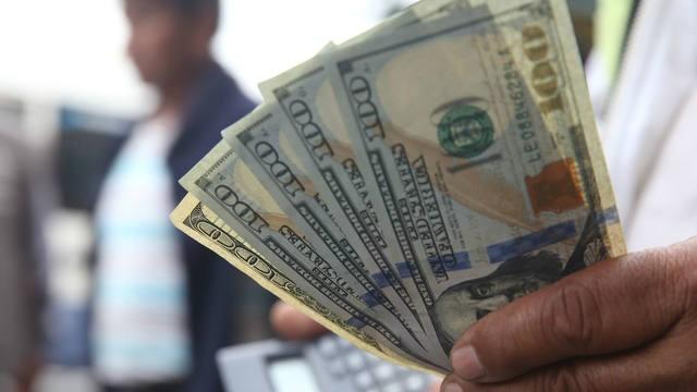 El dólar aumentó y superó los $ 40
