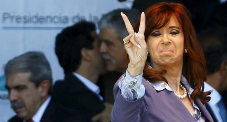 Cristina Fernández viajó a Cuba y la Presidencia quedó a cargo de Ledesma