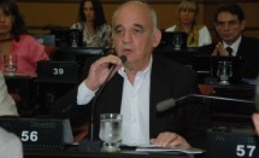 Disgustado con Luis Juez, finalmente renunció el legislador Las Heras