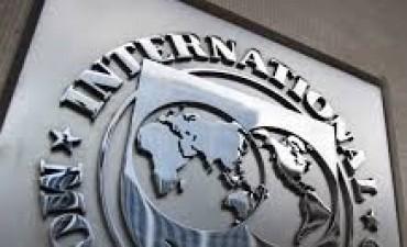 El FMI advirtió que Argentina suma
