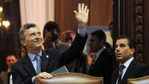 Todos contra Macri: Massa, Scioli y Randazzo criticaron al líder del PRO por sus promesas