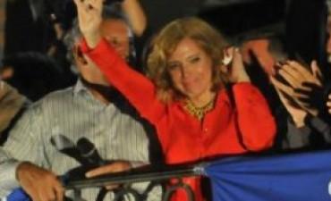 Victoria K en Villa Dolores y triunfo radical en La Falda