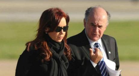 Nuevas escuchas telefónicas polémicas entre CFK y Oscar Parrilli