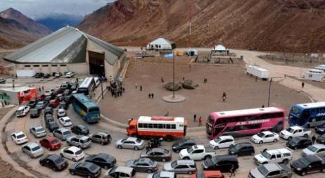 Aumenta la preocupación de comerciantes cordobeses por los tour de compras a Chile