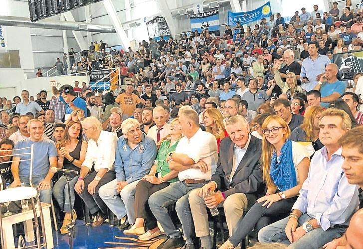 El kirchnerismo se juntó con Moyano y pidió unidad para derrotar a Macri