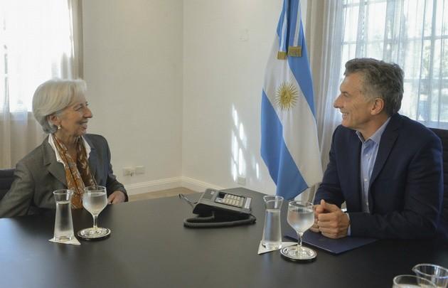 Aseguran que hay apoyo extranjero al plan económico de Macri