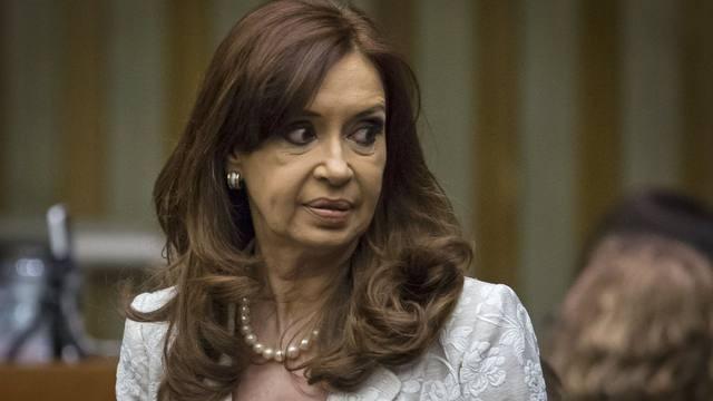 Procesaron a Cristina por tenencia de documentos históricos