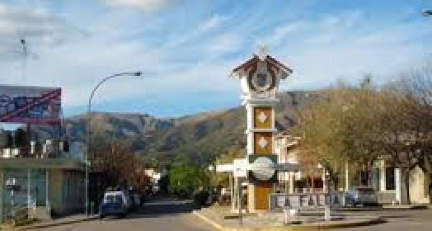La Falda. Suspenden sueldo de funcionarios y tasas municipales