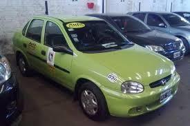 Regularización de entrega de chapas de taxis y remises