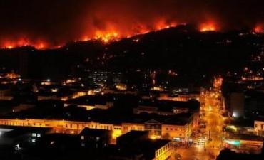 Chile: el incendio en la ciudad de Valparaíso deja al menos 11 muertos
