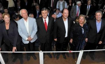 Lanzan el frente Unen y no descartan sumar a Macri