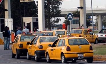 Ordenan la detención de tres taxistas del Aeropuerto