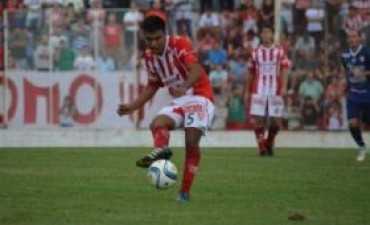 Instituto cayó 2 a 0 de visitante contra Atlético Paraná