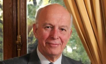 Citan al embajador inglés por el espionaje y la militarización en Malvinas